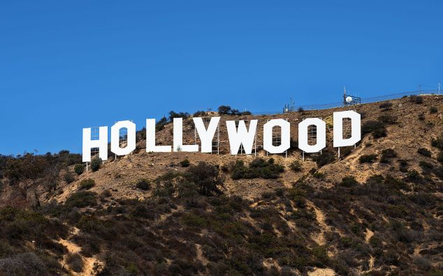 1280px-Hollywood_Sign_(Zuschnitt)